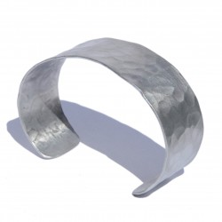 Narrow white Aluminum bracelet