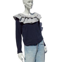 T-shirt with a striped ruffle