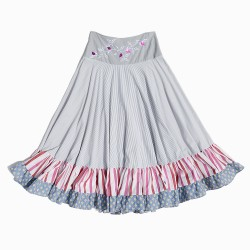 Upcycling fabrics skirt