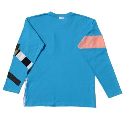 Turquoise T-shirt with a printed inserts and pocket