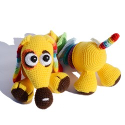 Mascota multicolor hecho a...